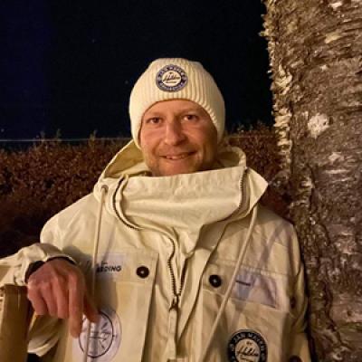 Arne Lunestad. Jobb: Byggingeniør og dagleg leiar i Kvammabygg AS. Favortittfjell: Manfjell. Mål for turen: Å ha det meir kjekt enn ilt. Går til Oslo for tredje gong på ski.